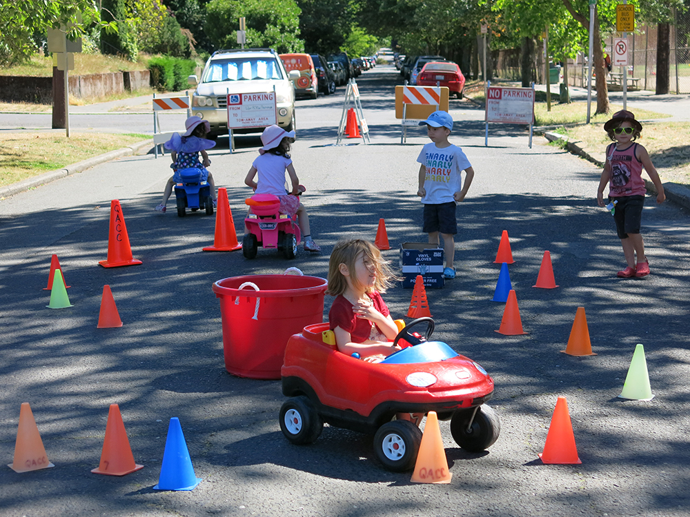 Playstreet_Cars_4892_1000