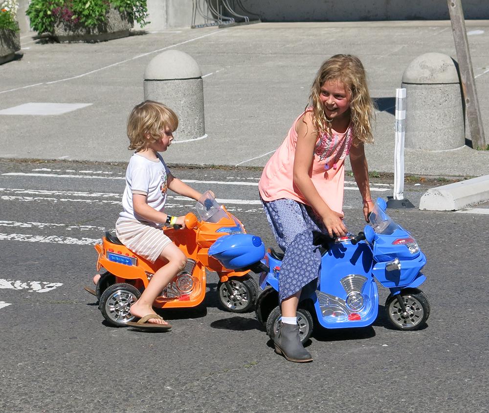 Playstreet_Cars_4942_1000