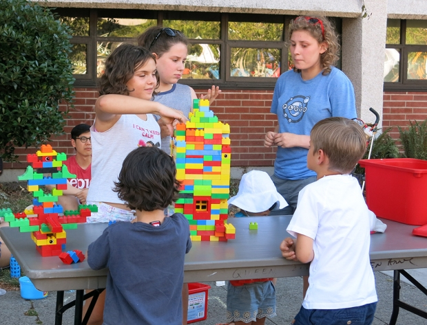 Playstreet_LEGO_5014_1000